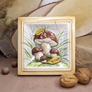 Белые грибы-декор фото