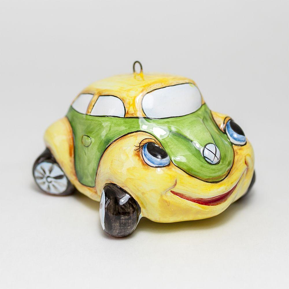 Автомобильчик жёлтый фото