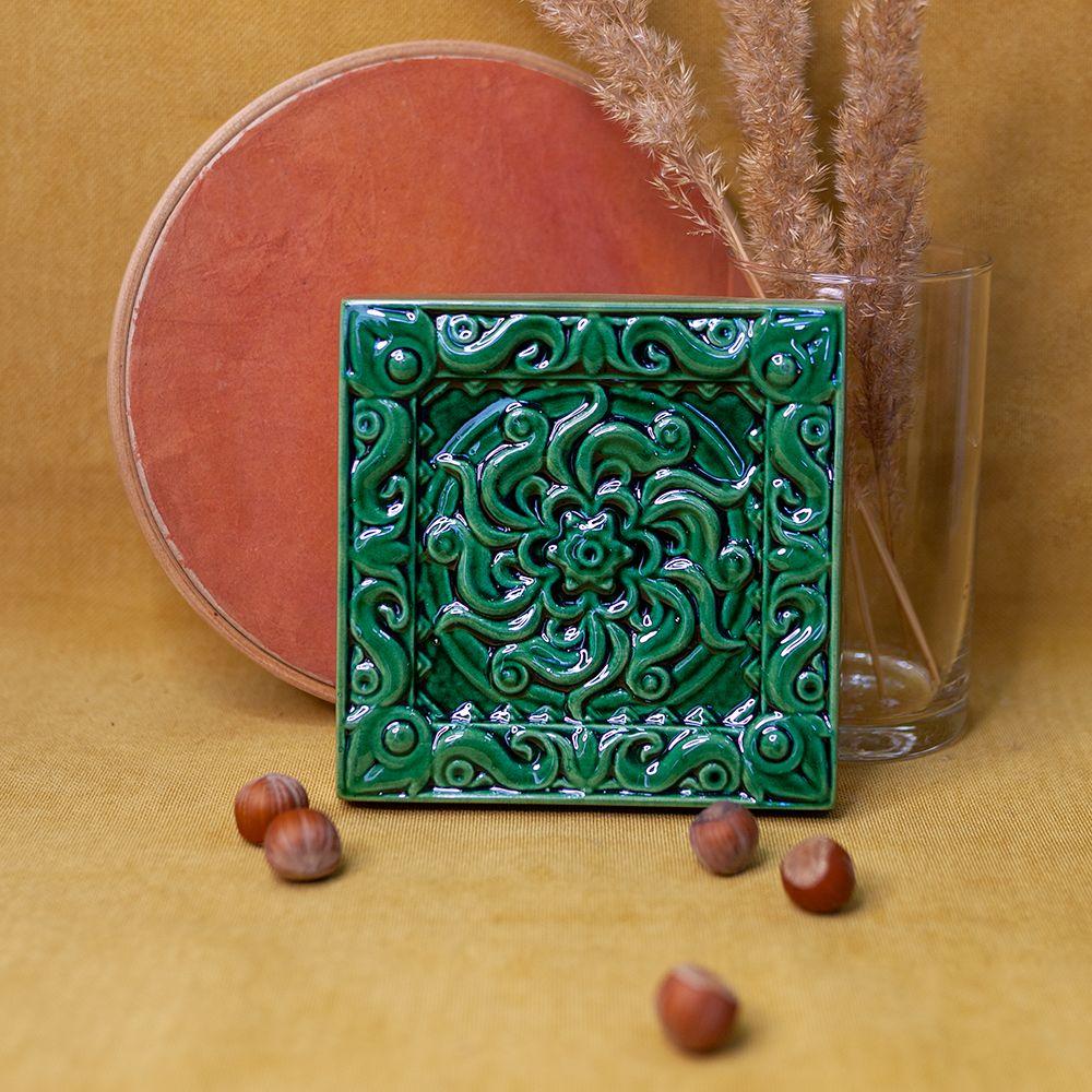 Изразец Лотос одноцветный зеленый фото