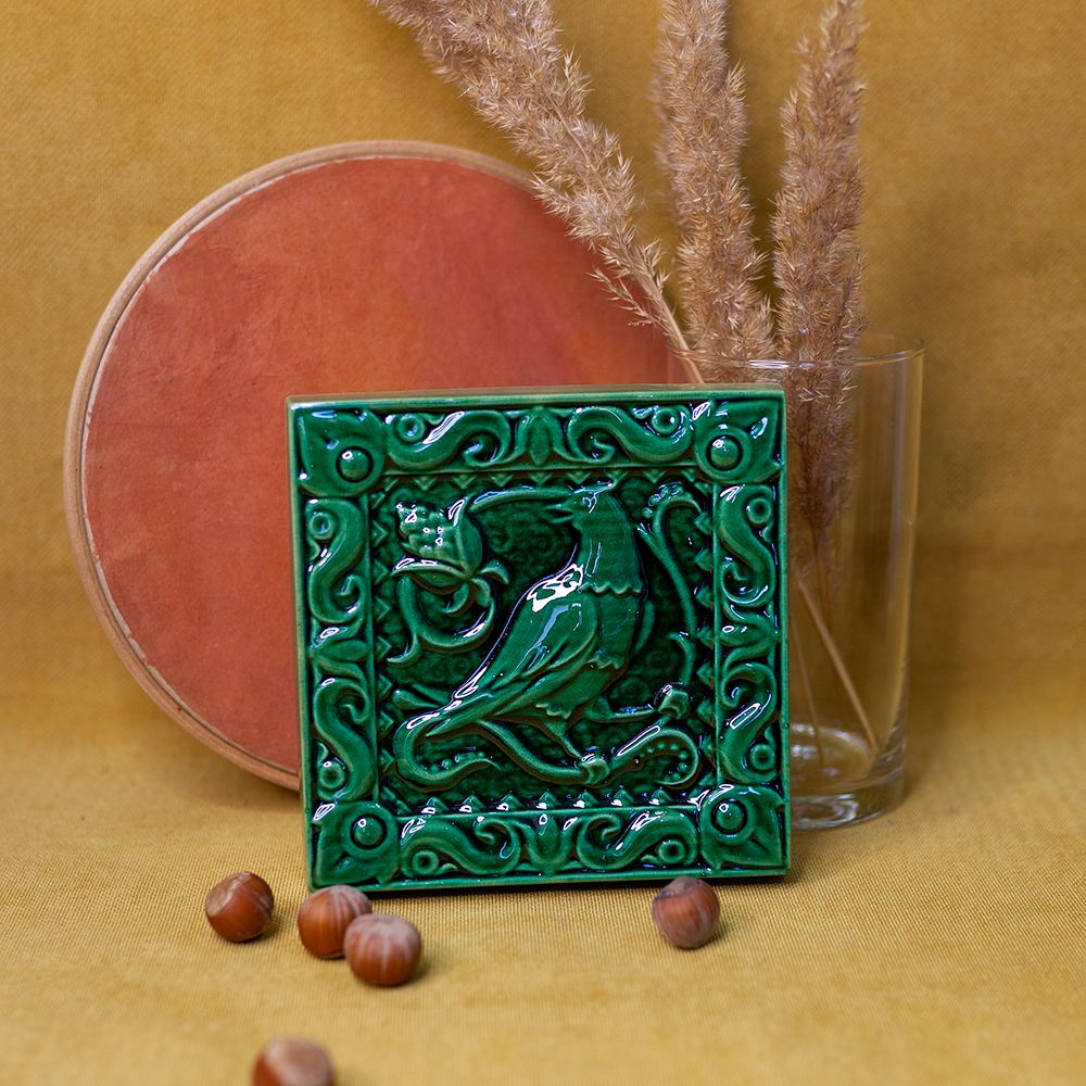 Изразец Соловей одноцветный зеленый фото