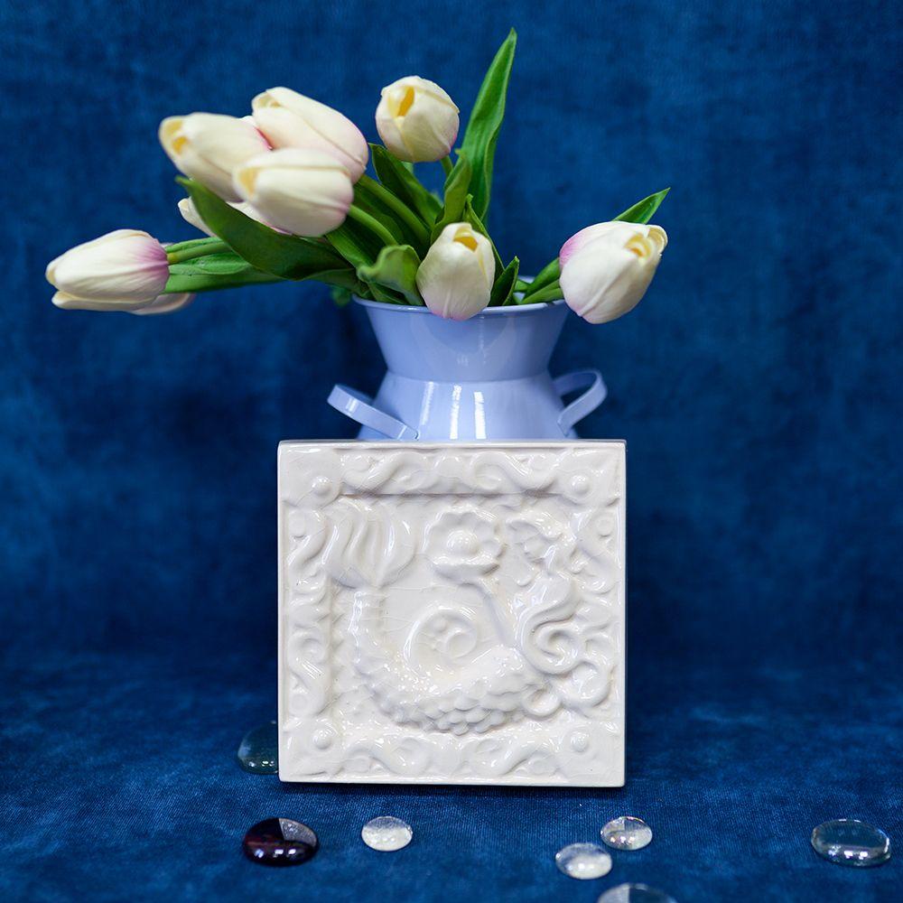 Изразец Русалка одноцветный белый фото