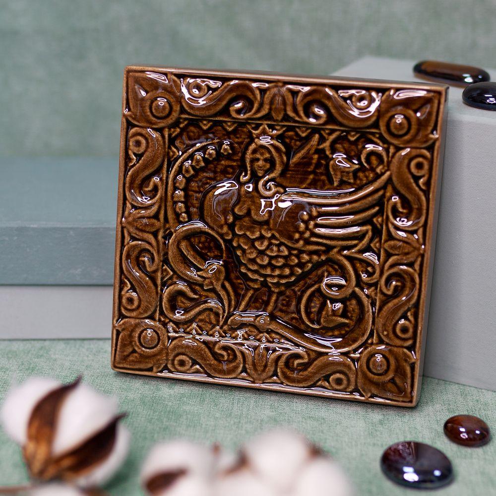 Изразец Сирин одноцветный коричневый фото