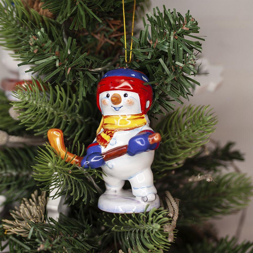 Cнеговик-хоккеист фото