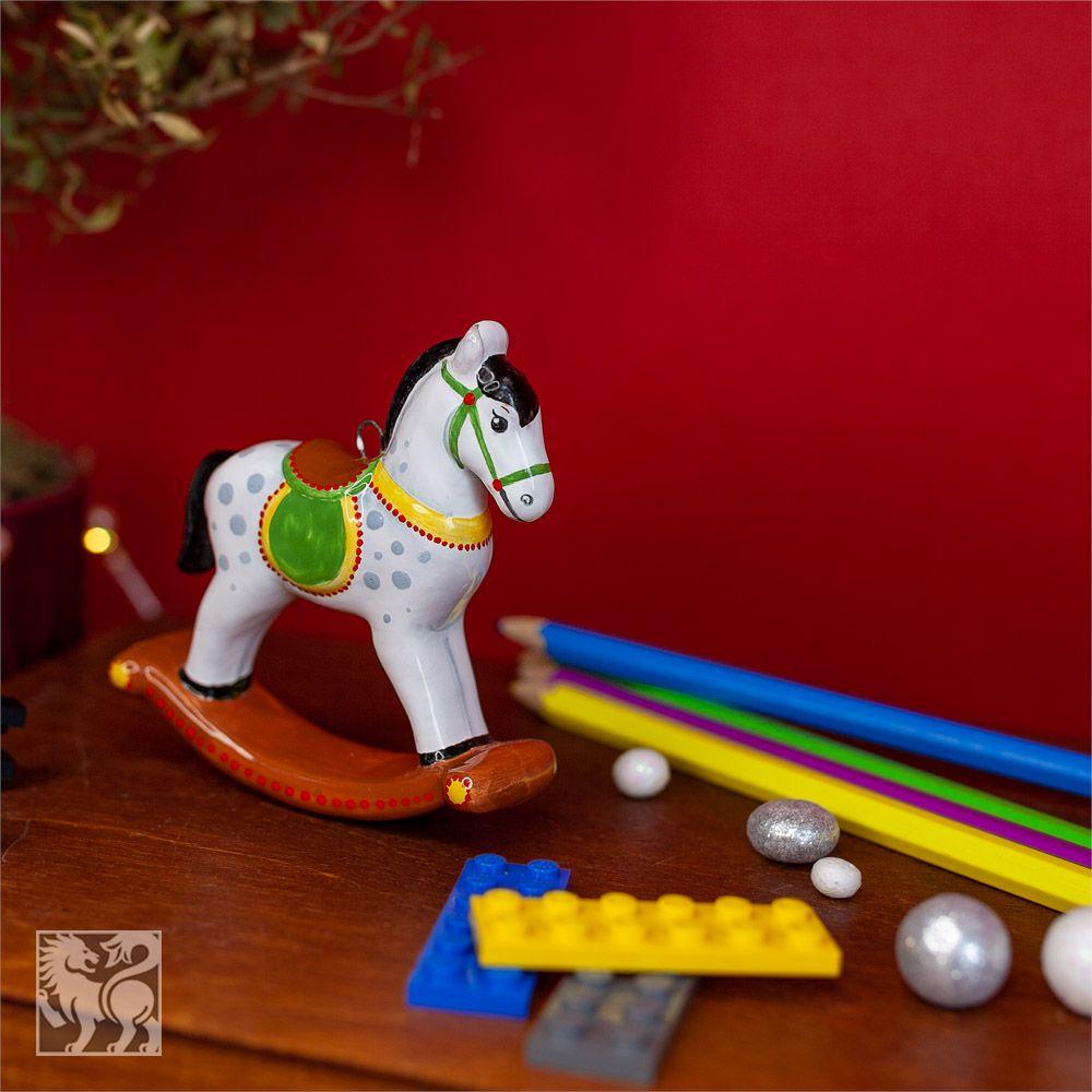 Лошадка-качалка зелёное седло фото